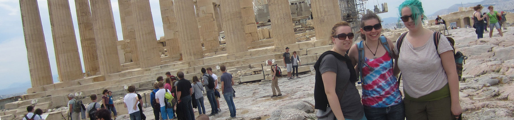 VCA students-on-the-Acropolis-in-Athens-Greece