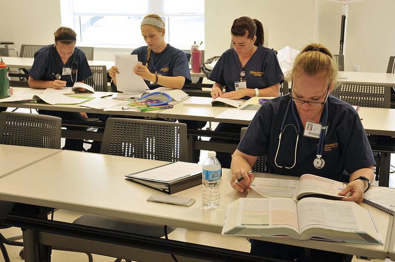 ob case studies nursing students Nursing iii course syllabus nur 2261 for students who purchased the case studies in the previous semester, please purchase the all students enrolled in a nursing course are required to obtain and read the current nursing student.